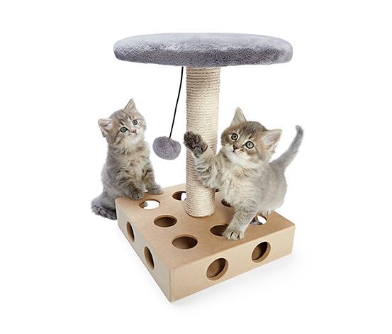 Veža na hranie pre mačky