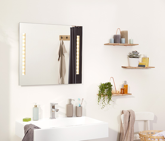 Miroir de salle de bains avec lampe