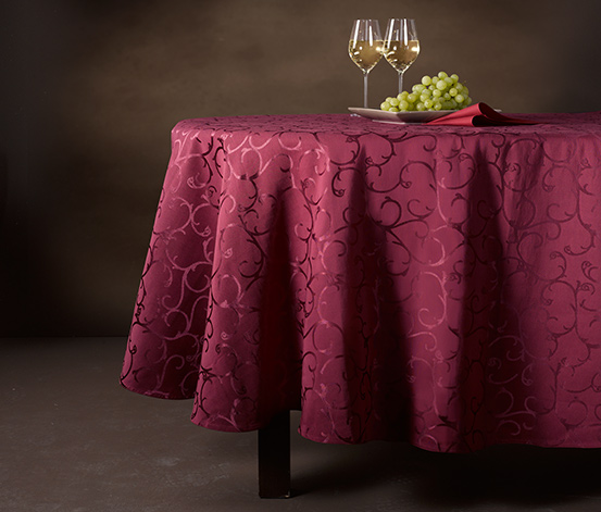 Velký žakárový ubrus, vínově červený, cca 160 x 220 cm