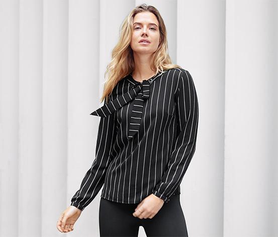 Siyah Beyaz Çizgili Kurdeleli Bluz
