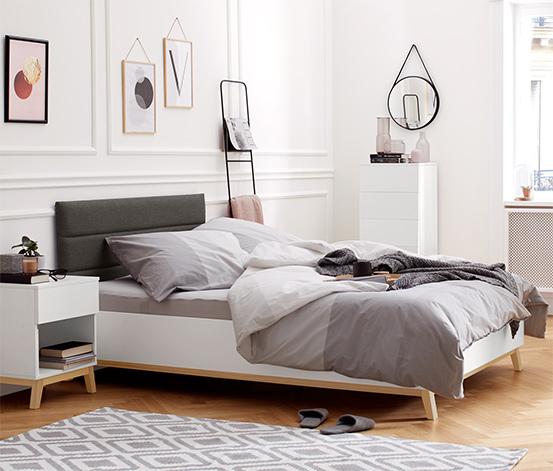 Bett mit gepolstertem Kopfteil, ca. 140 x 200 cm