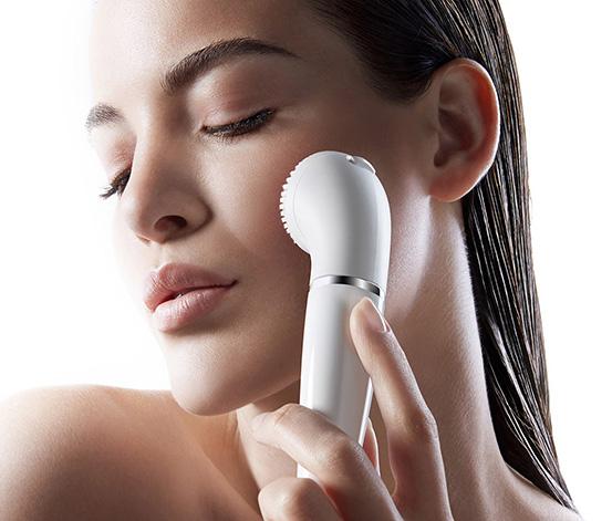Braun Yüz Epilatörü Ve Temizleme Cihazı