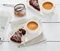 Barista-Kaffeetasse mit Servierteller