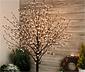 Stromek s květy a LED