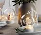2 glaskulor med LED-lampor