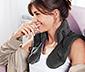 Relaksacyjna poduszka na ramiona z obciążeniem