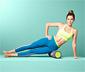Roller do pilatesu i fitnessu z nadrukowanymi ilustracjami ćwiczeń