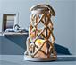 Rustykalna latarnia z plecionego sznurka z diodą LED imitującą świecę