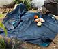 Wodoodporny, mały koc piknikowy z karabińczykiem do przymocowania