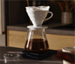 HARIO V60 Porzellanfilter inkl. HARIO V60 Kaffeefilterpapier