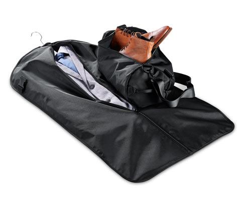 2 az 1-ben utazótáska és ruhavédő zsák