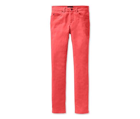 Úzké džíny, korálové