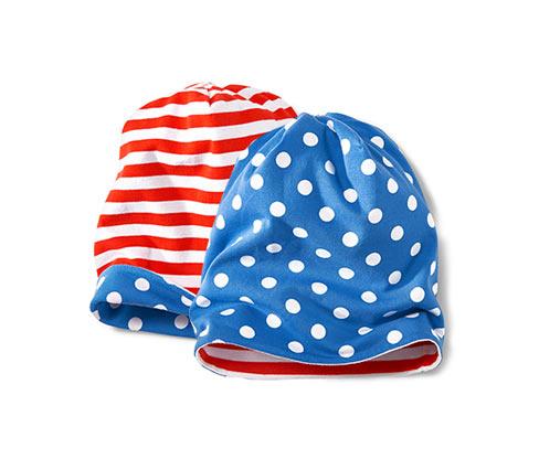 Dwustronna czapka, niebieska w białe kropki i czerwono-biała w paski