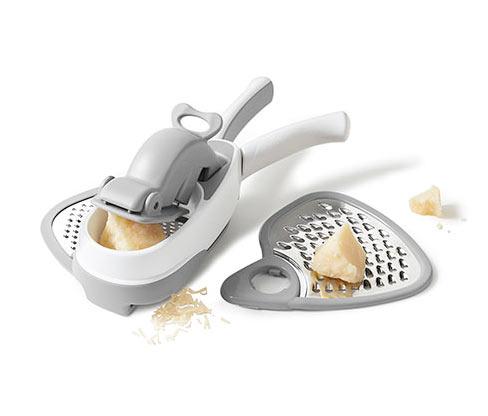 Jednoruční struhadlo na sýr
