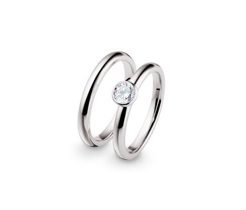 Sada stříbrných prstenů
